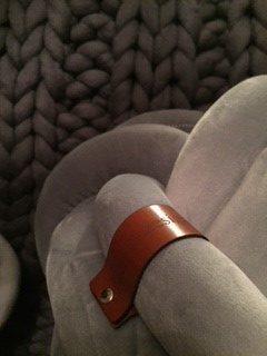 Knut kudde grå
